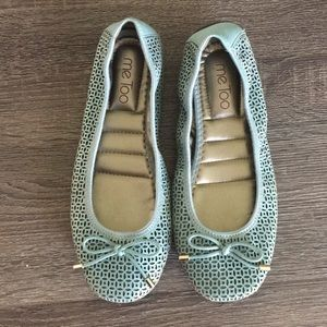 Blue ballet flat with bow